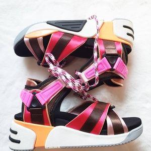 Marc Jacobs runway sandals